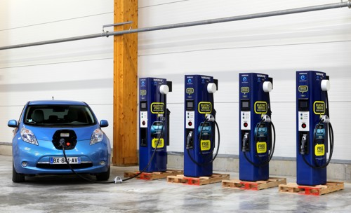 Nissan LEAF charging stations