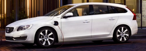 Vovlo V60 plug-in side view charge