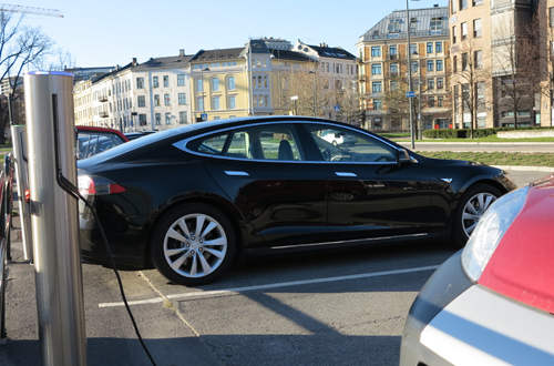 Oslo Norway electric car park 2014